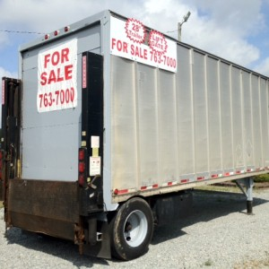 1995 Strick 28' Dry Van Trailer with Anthony Rail Lift Gate